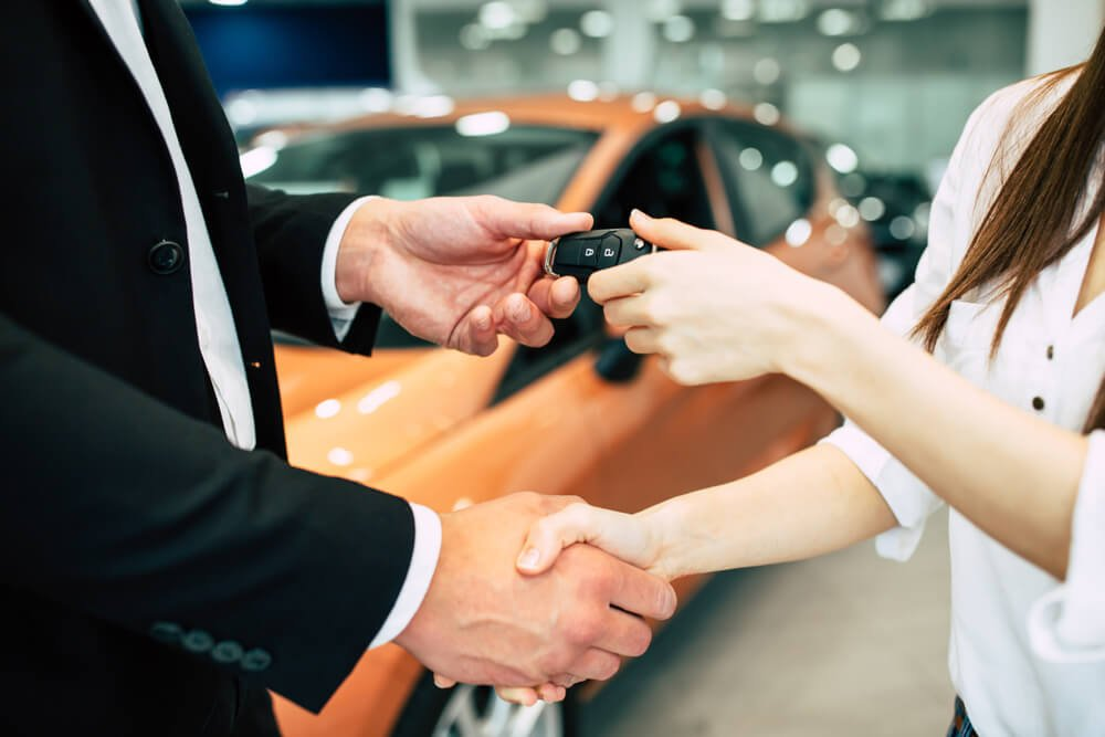 Exchanging Keys for Leasing a Car